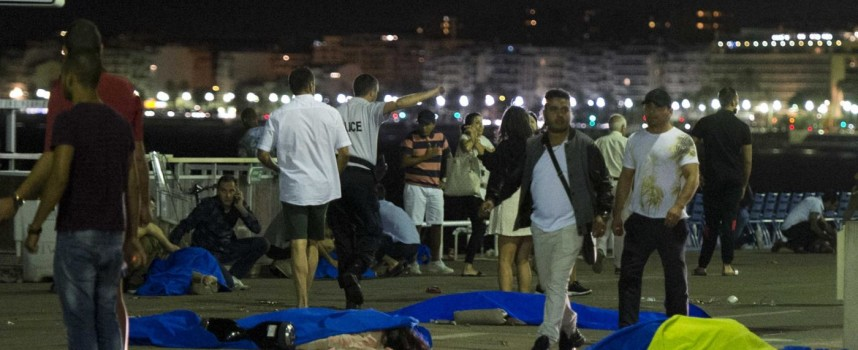 "Massacre in Nice, ""inhumanity is before our eyes"""